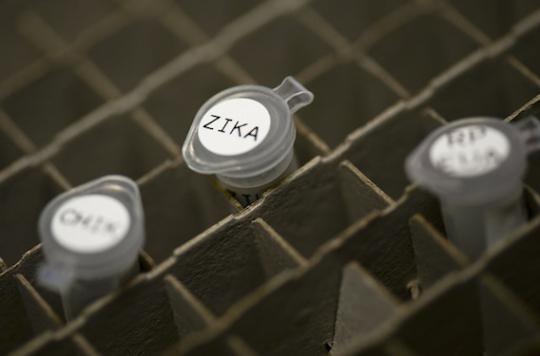 Zika : un homme contaminé par les larmes d'un patient