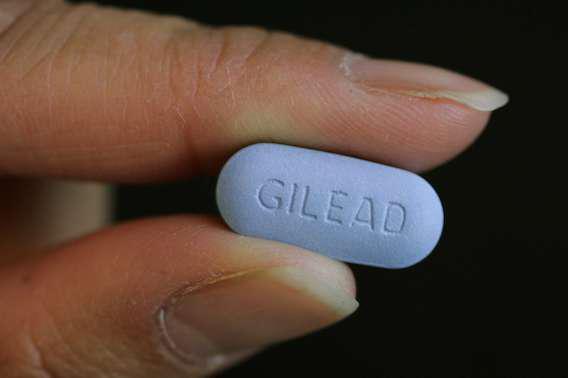 VIH : le Truvada en prévention réduit  le risque d'infection de 86 %