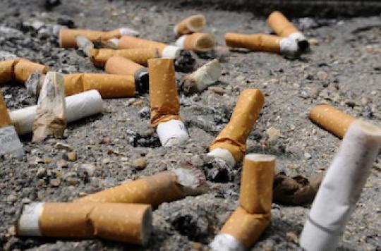 Cancers : près d'un décès sur deux est lié au tabac