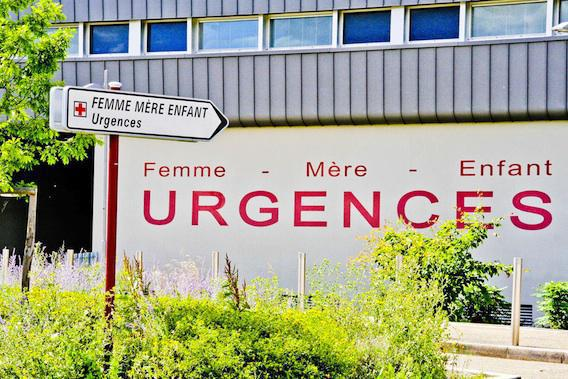 Passage aux urgences : 70 % des patients attendent moins de 4 heures