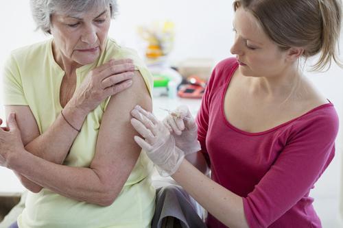 Vaccination : le torchon brûle entre médecins et pharmaciens