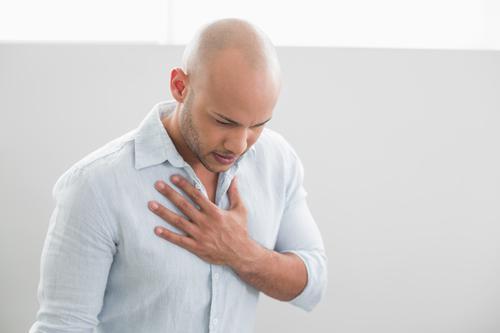 VIH : les séropositifs ont deux fois plus de risque d'infarctus