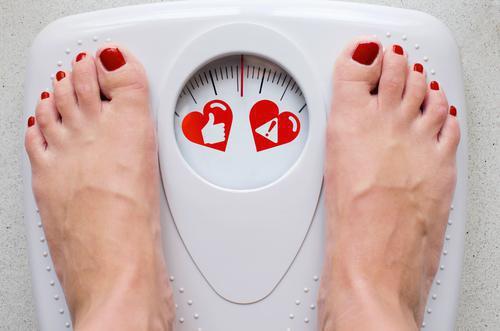 Cancer : prendre du poids en vieillissant augmente les risques