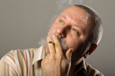 Cancer de la vessie : tabac et exposition professionnelle sont en cause