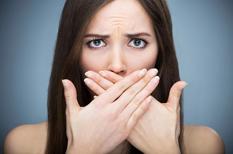 Mauvaise haleine : il faut améliorer l'hygiène bucco-dentaire